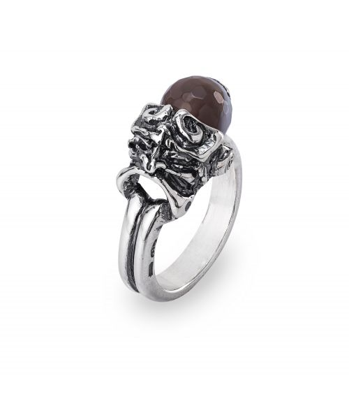 Ring with coloured gemstone and Mask (28028)