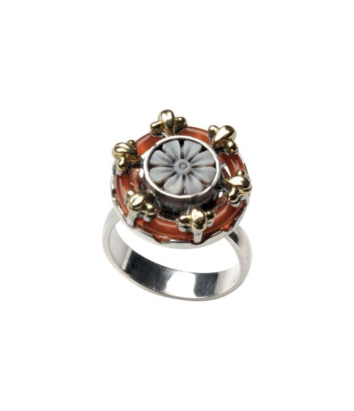 Round Ring with Cameo and Agate (18065)